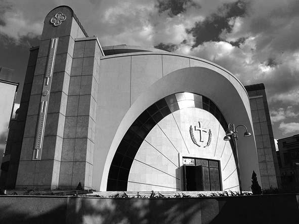 Tirana_katedralja bw